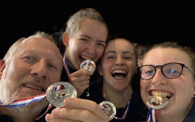 L'équipe M17 fleuret dame Vice championne de France